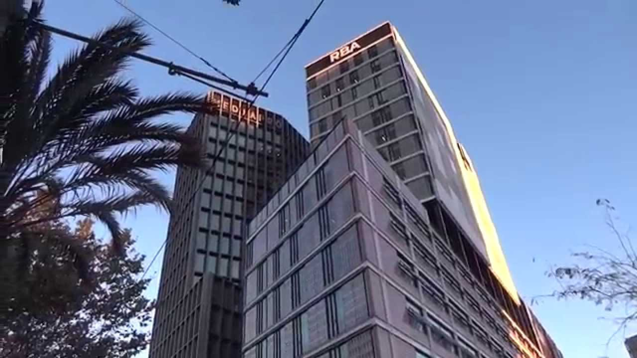 Barcelona arquitectura edificios modernos youtube - Arquitectura barcelona ...