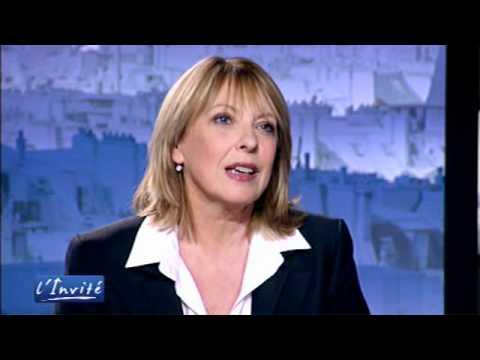 """Christine St-Pierre : """"Le Québec va prendre la bastille"""""""