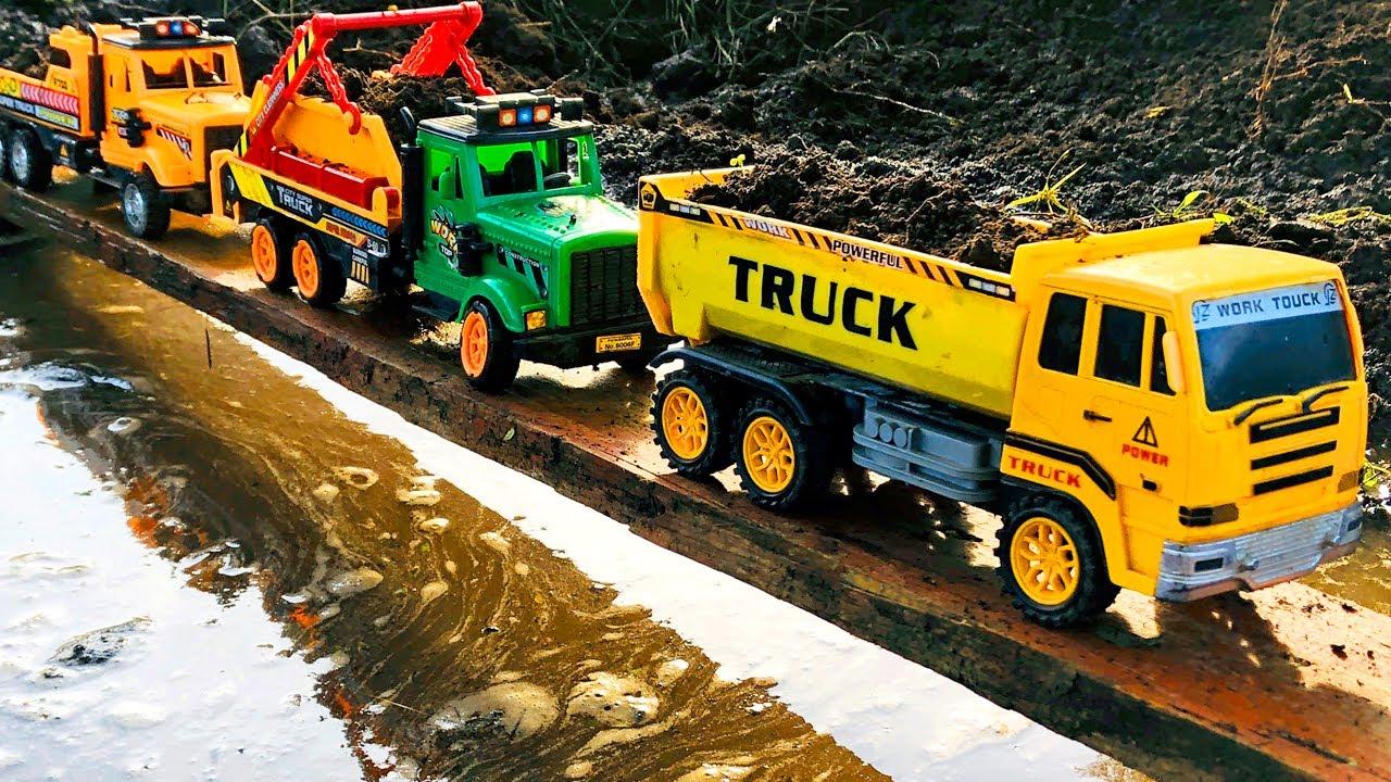 Camiones Infantiles Caen del Puente al Agua - Camión Transportador de Carros para Niños