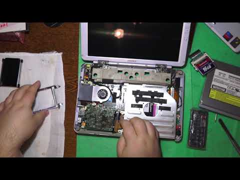 Ретро ноутбук Sony Vaio Pcg-tr3ap перевел на SSD жесткий диск