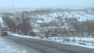 Движение грузовиков с углем в Шахтерске(, 2013-03-29T06:41:06.000Z)