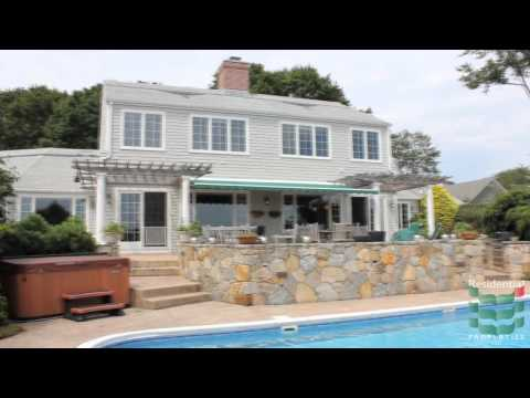 14 Stone Tower Lane, Barrington, RI  02806