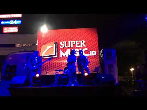 506 - Lapang Dada (Sheila On7 Cover ) Live @PlazaCibubur