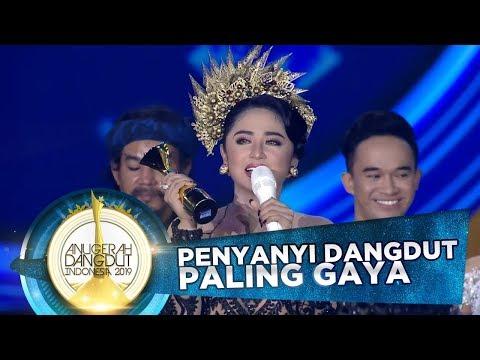 Dewi Perssik Terkejut Jadi Pemenang Penyanyi Dangdut Paling Gaya 2019 Adi 2019 17/11