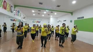 Download lagu AYO TURU / Koreo by LIA PAPUA #SAHABAT #LIAPAPUA #INSTRUCTOR #CIKARANGSELATAN #ZUMBA #SENAM