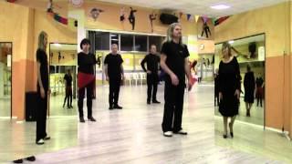 """Ballo di gruppo """"IL TORO E LA LUNA"""" coreografia della maestra Roby e Francy dance"""