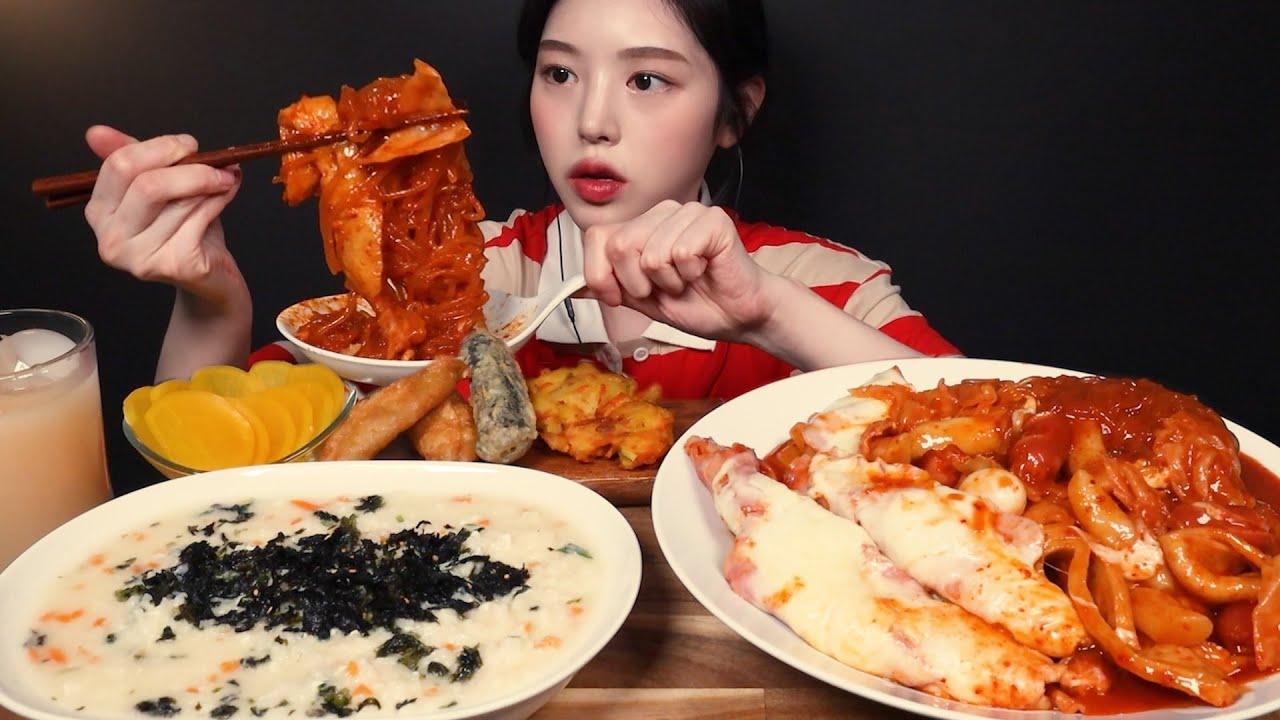 SUB)처음 도전하는 오리지널맛 엽기떡볶이 먹방!?계란야채죽에 치즈 당면 베이컨 햄까지 왕창 추가하기 리얼사운드 Tteokbokki & porridge Mukbang Asm