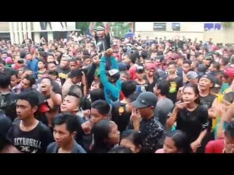Sereal broken pop-live in SMK Perdana Semarang