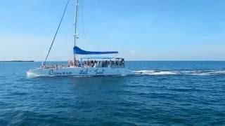 Catamaran excursion Crucero del Sol a Cayo Blanco Varadero Cuba Mayo 2016
