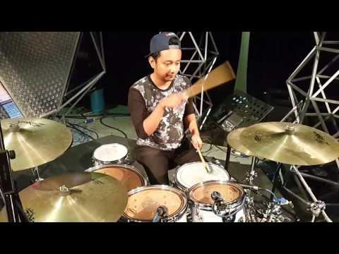 Aj drummer (Reuz) Versus Acap (Kristal) RJ17 Pagi Yang Gelap