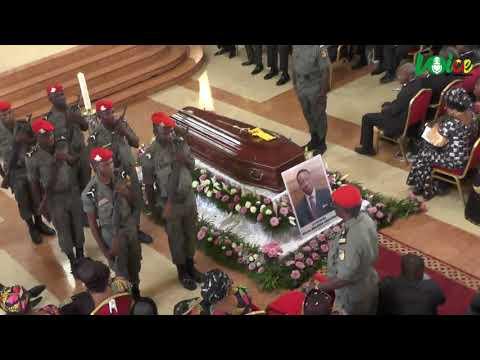 Cameroun: Temps Forts De L'inhumation De Belinga Eboutou