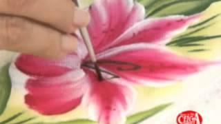 Pintura em tecido com o tema flores