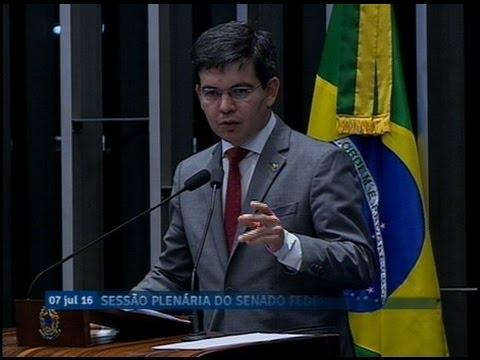 Randolfe Rodrigues explica projeto que unifica a alíquota do ICMS sobre querosene de aviação