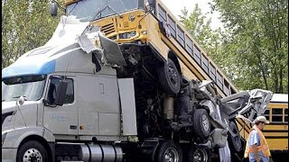 Crazy TRUCK CRASH - Amazing Trucks Accident - Best Trailer Crash Compilation 2016 #1