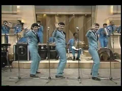 LOS KENTON (video 80's) Ay Amor - Canta: Gabby - MERENGUE 80's