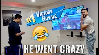 TURNED OFF THE TV DURING FORTNITE!! **almost had 1st Solo WIN**