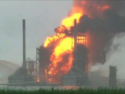 Raw: Louisiana Refinery Fire Extinguished