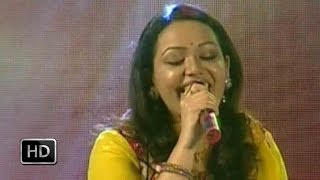 Dhwani 2014 - Jyotsna sings the song Ponveene Ennullil
