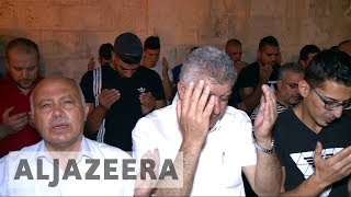Protest calls grow as Israel tightens grip on al-Aqsa thumbnail