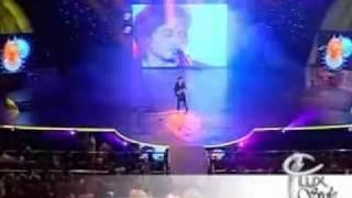 Lux Style Awards 2007 Ali Zafar Sajania (Live)