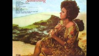 Shirley Bassey - Sea and Sand