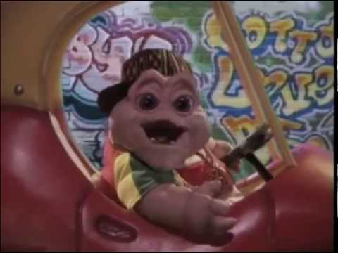 Dinosaurs - Baby Sinclair - I'm The Baby, Gotta Love Me (Music Video)