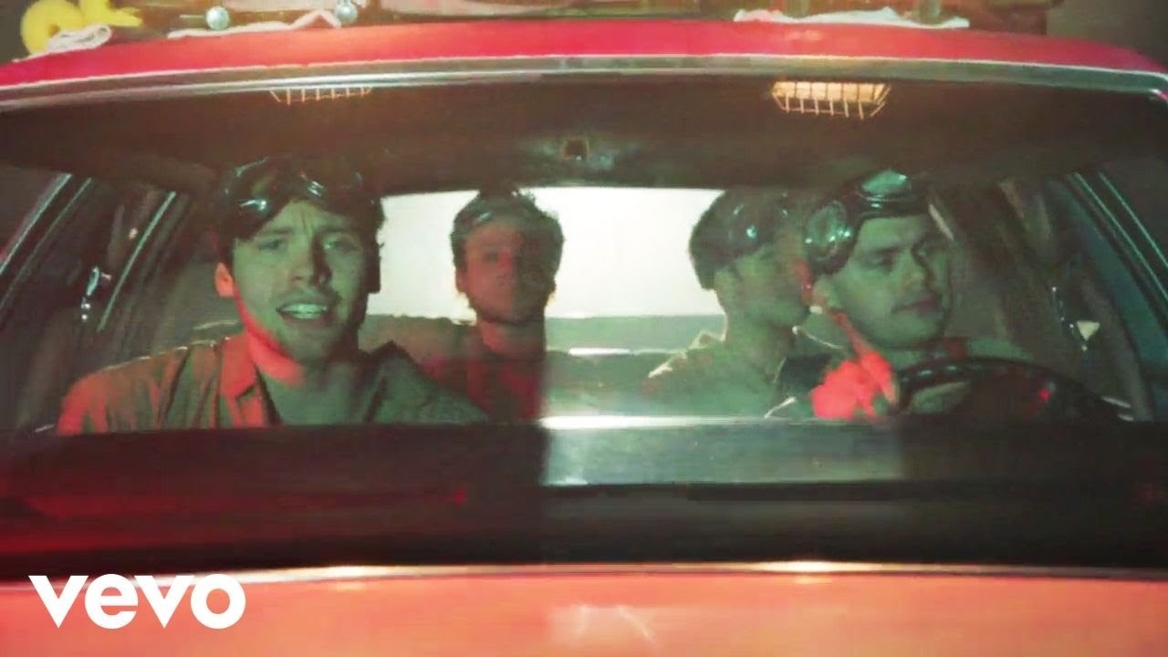 5 Seconds Of Summer Girls Talk Boys From Ghostbusters