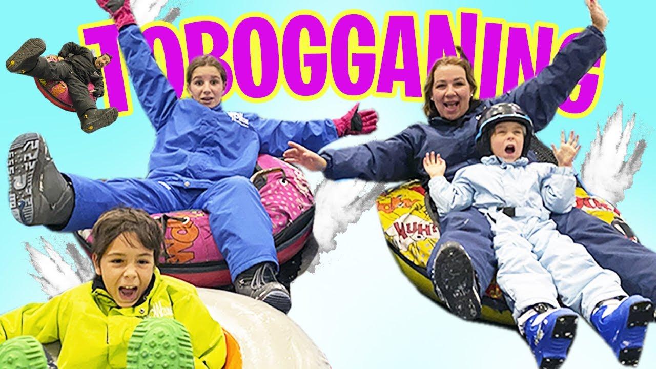 Toboganes GIGANTES actividades EN FAMILIA en SNOWZONE MADRID