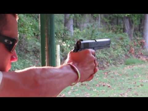 Shooting a Original Colt 1911