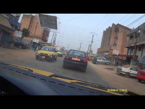 Yaounde: en taxi a Essos