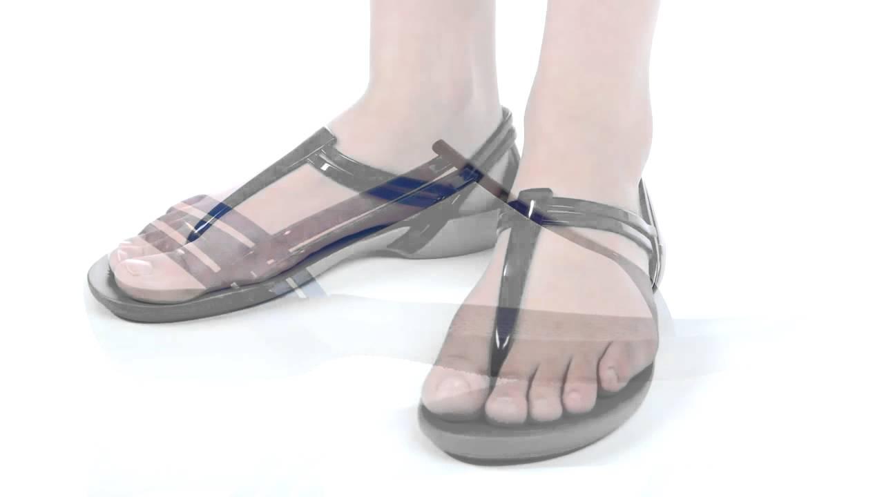 Crocs™ Isabella T-Strap (Women's) 9R43XbH