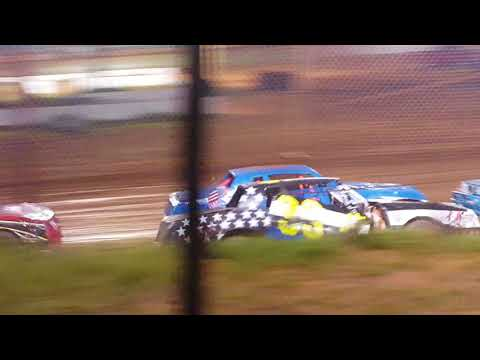 Factory Stock Heat Race @ 105 Speedway 7-14-18