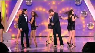 Двойник Адриано Челентано и Александр Ревва поют Сюзанна