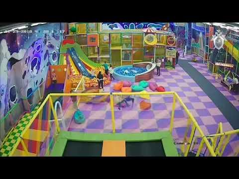 ЧП в парке развлечений в саратовском торговом центре Happy Молл