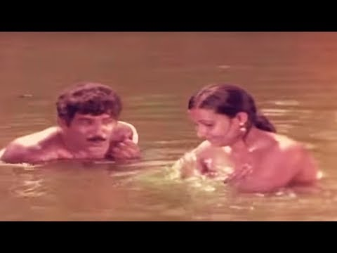 ഓർമ പുതുക്കാൻ  ഞാനിന്ന് രാത്രി വരും | Malayalam Movie  | Balank nair romance in river