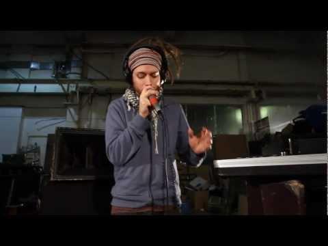 Клип MC Xander - Spaceship Earth