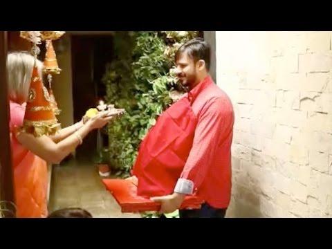 UNCUT: Vivek Oberoi, Govinda Welcome Ganpati With Gusto!