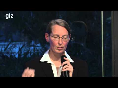 """GIZ: Gespräche zur Internationalen Zusammenarbeit. 2015 """"Urbanisierung"""""""