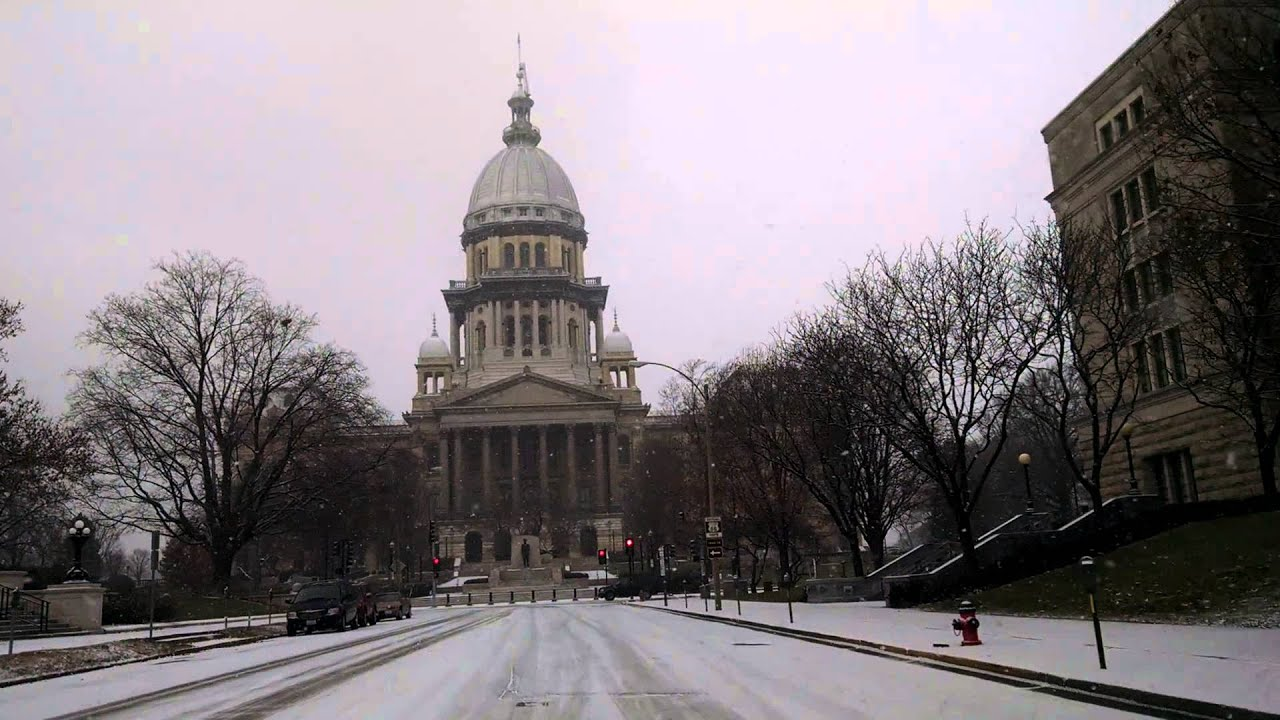 Driving in Downtown Springfield IL in Snow By Capi