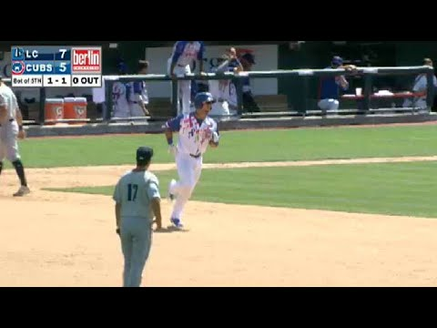 Cruz blasts a two-run shot for Cubs