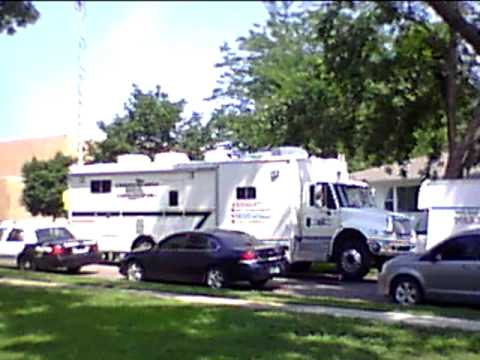 Sioux Falls Police Stand-Off - Command Center