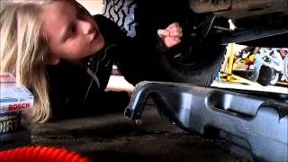 10 Year Old Girl Changes Oil In a Chevy Silverado Truck
