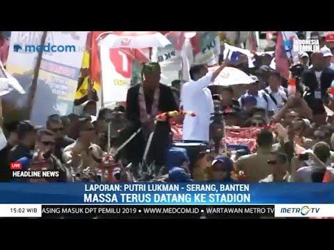 Jokowi Diarak Naik Kereta Kencana ke Stadion Maulana Yusuf