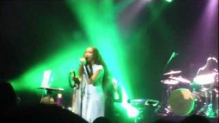 ERYKAH BADU LIVE IN WARSAW, 6.08.2011 - Kiss Me On My Neck (version)