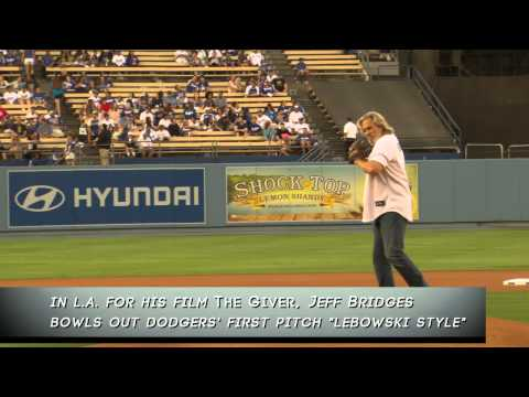 Jeff Bridges Throws the Big Lebowski Pitch at the Dodgers Game - The Giver