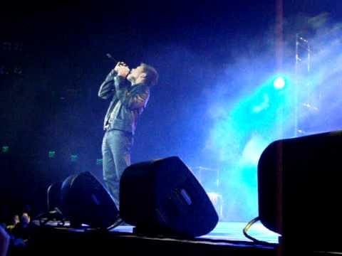 jovit 1st solo concert - YouTube