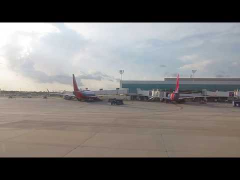 Southwest Airlines Boeing 737-700 Winglets takeoff from Houston Hobby International Airport