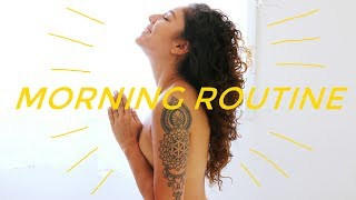 My Morning Routine | Yoga, Smoothie & Booty Shaking