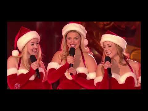Christmas In Rockefeller Center | Mean Girls On Broadway