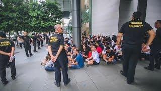 Mengejar IPhone XS dan iPhone XS Max Rela Nginep Depan Apple Store Singapore